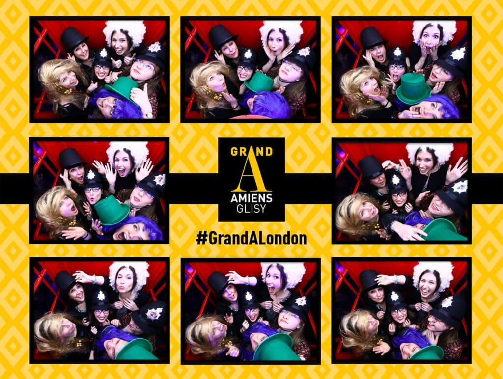 Photobooth, la planche de photos de Groupe : Avec la cabine téléphonique anglaise créez le Buzz autour de vous !
